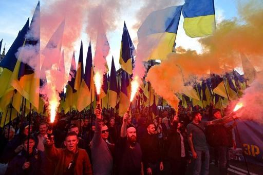 Ukraine: des milliers de nationalistes ont défilé contre la
