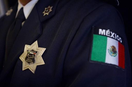 Mexique: 14 policiers tués dans une embuscade