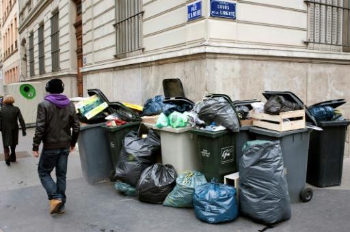 Loi anti-gaspillage: la grande distribution se défend après une action