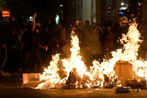 Catalogne: les heurts perturbent jusqu'au clasico, au pays du foot-roi