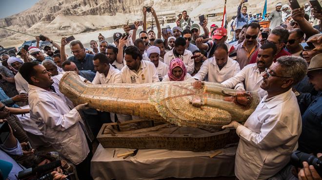 Trente sarcophages de plus de 3.000 ans dévoilés en Egypte (PHOTOS)