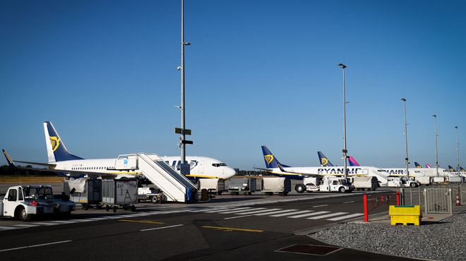 Une faute de frappe dans votre nom sur un billet d'avion peut coûter jusqu'à 160 euros- Test Achat veut que ça change