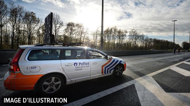 Le cadavre d'un routier néerlandais retrouvé sur une aire d'autoroute à Couthuin