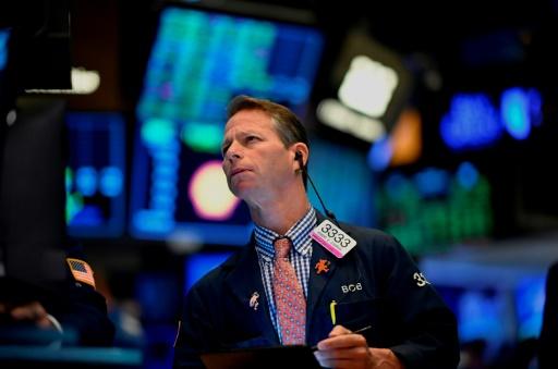 Wall Street en ordre dispersé entre résultats solides et inquiétudes économiques