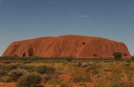 Le rocher Uluru du centre de l'Australie ouvert aux grimpeurs pour la dernière fois