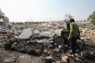 Dans les champs d'oliviers de Syrie, un assaut peut-être fatal à Baghdadi
