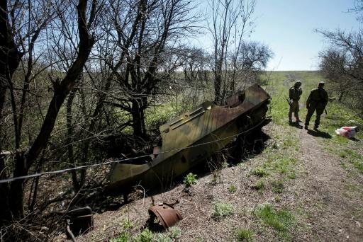 L'Ukraine et les séparatistes font reculer leurs troupes