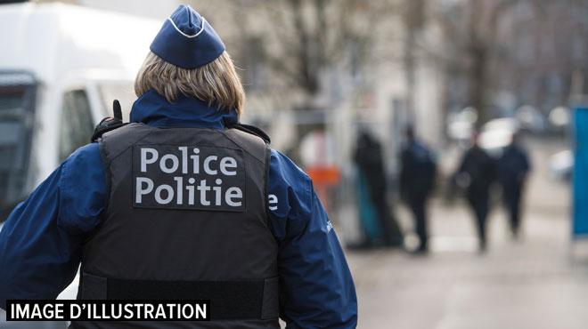La police de Liège interpelle un homme en rue: arrivé au commissariat, il fait un malaise cardiaque