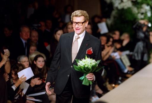 Une veste haute couture iconique de Yves Saint Laurent aux enchères