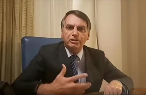 Brésil: Bolsonaro écume de rage contre TV Globo qui veut
