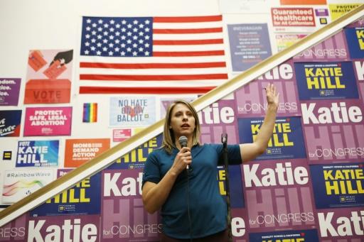 Une élue démissionnaire à cause de photos volées s'en prend à Trump dans ses adieux au Congrès