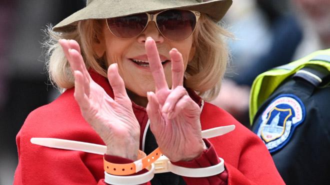 Jane Fonda, les menottes aux poings: l'actrice a encore été arrêtée à Washington
