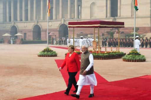 En visite dans New Delhi asphyxiée, Merkel exhorte l'Inde à lutter contre la pollution