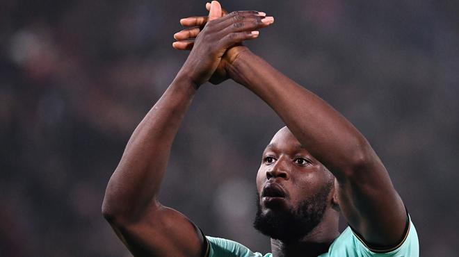 Romelu Lukaku, le HÉROS de l'Inter Milan, claque un doublé contre Bologne (vidéo)