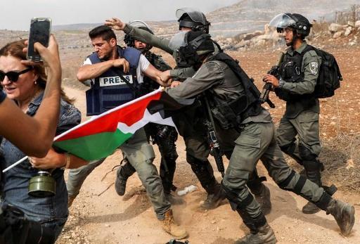 Conflit israélo-palestinien - Enquête après une vidéo d'une garde-frontière israélienne tirant sur un Palestinien de dos