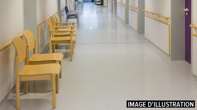 Huy: un quinquagénaire s'en prend à un homme dans une salle d'attente