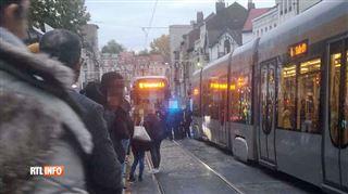 Une étudiante heurtée par un tram à Uccle- la victime est gravement blessée
