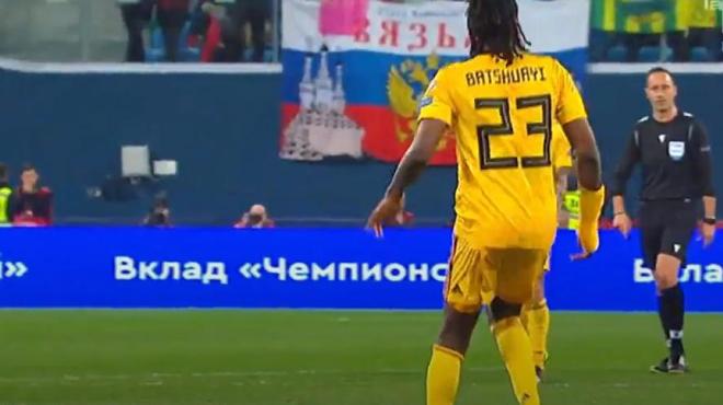Scène inattendue en Russie: Dedryck Boyata porte le maillot de... Batshuayi pendant quelques secondes (photo)