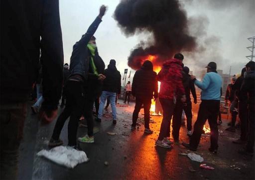 Plus de 100 manifestants pourraient avoir été tués en Iran, selon Amnesty International
