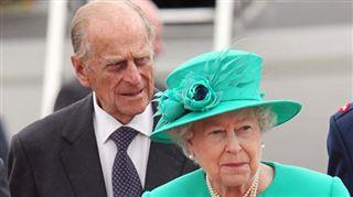 Après 72 ans de mariage, le prince Philip continue ses blagues osées sur la reine Elizabeth II
