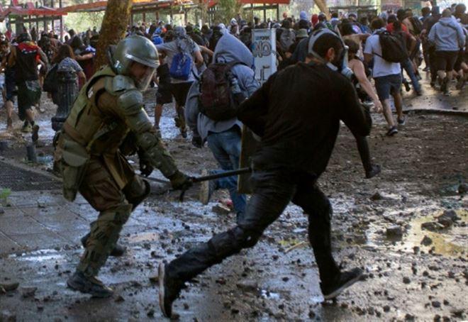 Crise sociale au Chili- 327 signalements pour des violations des droits de mineurs
