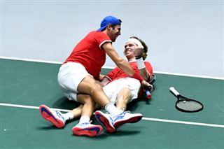 Coupe Davis- la Russie élimine la Serbie de Djokovic et va en demies