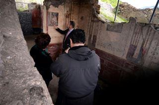 A Pompéi, des thermes romains tirés de l'oubli avec un petit squelette...