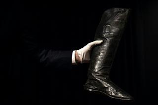 Une paire de bottes portées par Napoléon cédée à plus de 117.000 euros