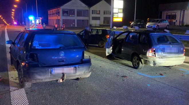 8 voitures impliquées dans un CARAMBOLAGE sur la N5 à Philippeville après qu'un dépanneur ait tenté d'éviter un chien sur la route