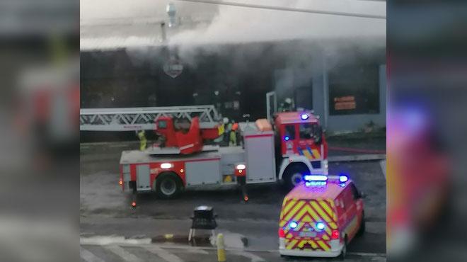 Un important incendie s'est déclaré dans un hangar à Bassenge