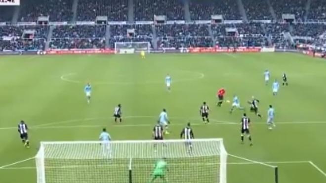 Kevin De Bruyne marche sur l'eau: le Diable Rouge a inscrit un but somptueux contre Newcastle (vidéo)