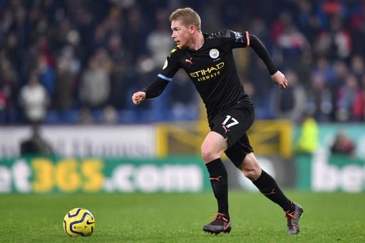 Les Belges à l'étranger - Manchester City et De Bruyne se relancent en dominant Burnley, Denayer battu contre Lille