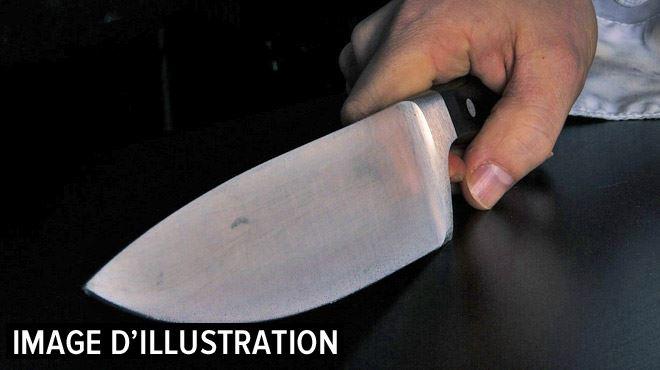 Verviers- il frappe et menace avec un couteau la famille qui l'héberge pour une raison étonnante