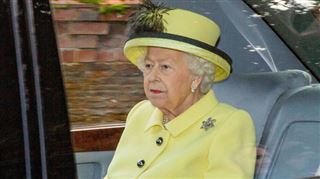 La famille royale dans la tourmente après le retrait du prince Harry et de Meghan- la reine Elizabeth II organise une réunion de CRISE