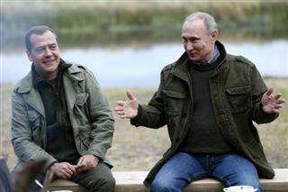 Dmitri Medvedev, un Premier ministre resté dans l'ombre de Poutine