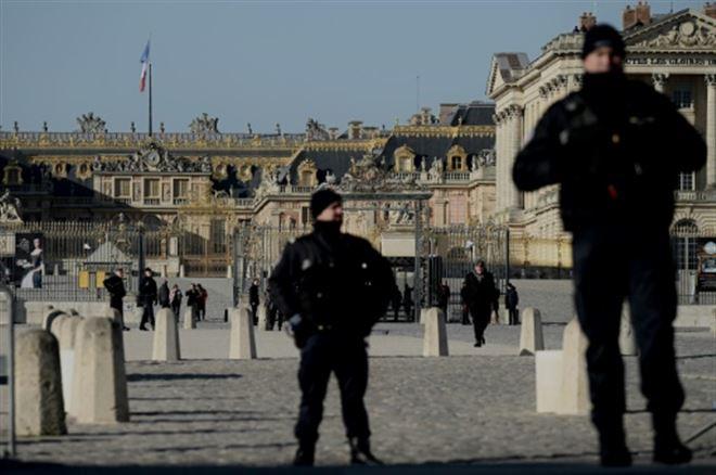 Macron et Philippe veulent voir les bonnes nouvelles avant de recevoir des patrons du monde entier