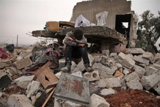 Syrie- sept civils dont des enfants tués dans des raids russes (ONG)