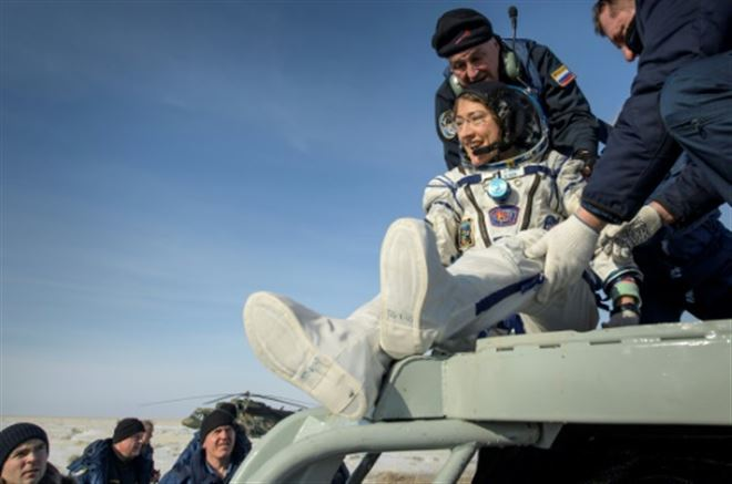 L'astronaute américaine revient heureuse sur Terre, après 11 mois à bord de l'ISS