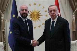 L'UE prête à accélérer son soutien à l'accueil de Syriens en Turquie, dit Michel à Erdogan