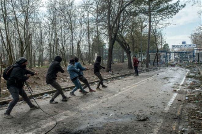 Migrants- Erdogan réclame un soutien européen en Syrie, l'UE dénonce son chantage aux migrants