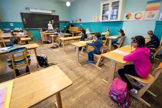 Trump plaide pour une réouverture des écoles avant l'été