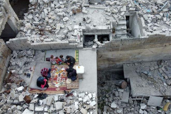 En Syrie, un iftar sur les ruines de la maison familiale