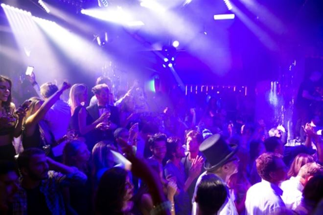 Le grand blues des discothèques, premières à fermer dernières à rouvrir