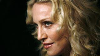Madonna s'affiche topless sur Instagram- Plus rien à f*** (photo)