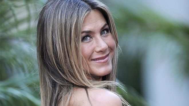 Jennifer Aniston totalement nue sur une photo mise aux enchères- les bénéfices seront reversés à une très bonne cause
