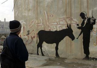Banksy, l'Arsène Lupin du street art aux mille coups d'éclat