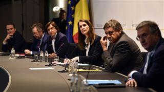Grand Baromètre- les Belges estiment-ils que les politiques ont bien géré la crise du coronavirus?