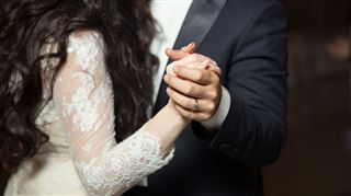 Coronavirus- danser à un mariage est à nouveau autorisé sous certaines conditions