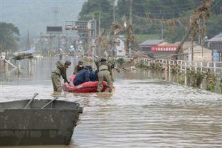 Japon- au moins 16 morts, 20 autres décès présumés après des pluies diluviennes