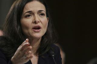 Facebook promet de faire plus contre les contenus toxiques avant une réunion avec des boycotteurs